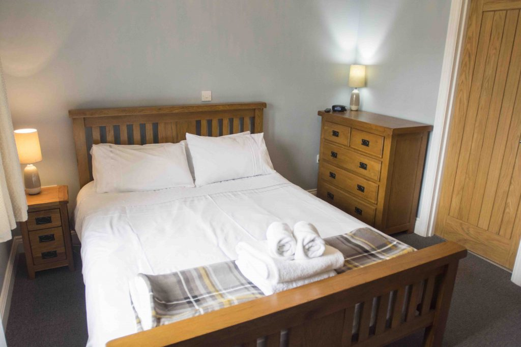 Self-catering accommodation in Northumberland, Pippin cottage double bedroom